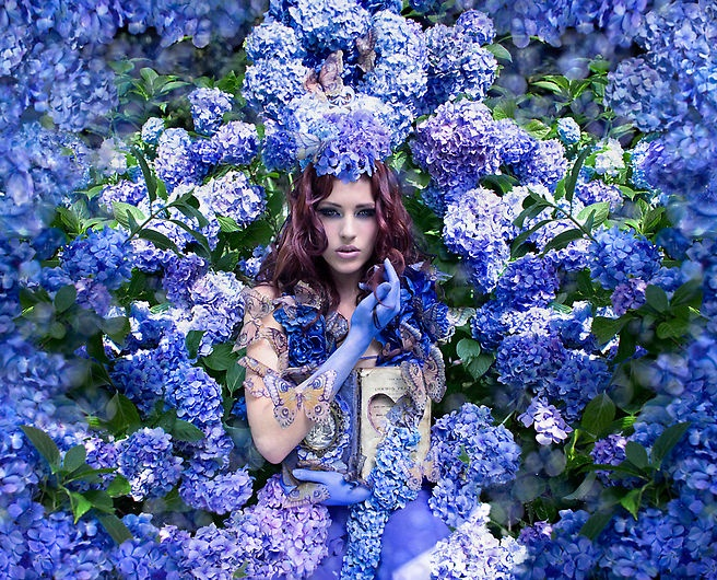 art blog - kirsty mitchell - empty kingdom