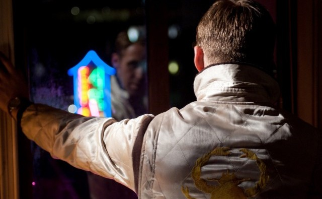 1_e_Ryan-Gosling-in-Drive-2011-Movie-Image-2