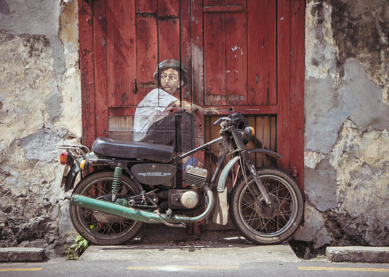 Ernest-Zacharevic_web_3