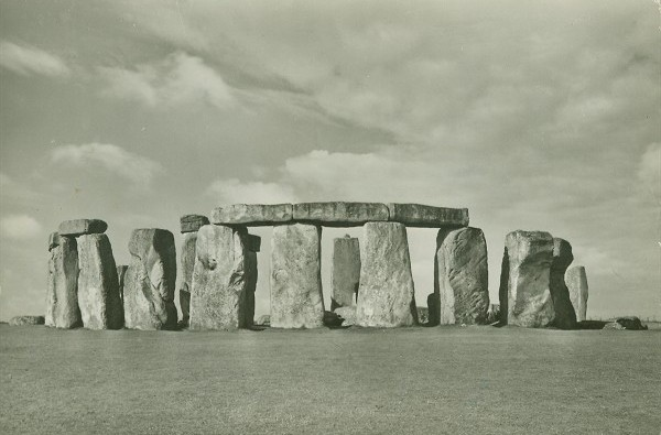 PC_stonehenge_england_from_northeast